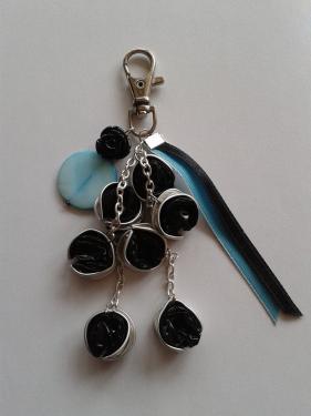 porte clefs turquoise et noir
