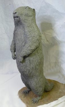marmotte gr�s patin�  H 64 x  L 30 cm x P 40cm