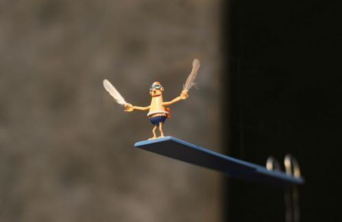 Je suis un oiseau mobile miniature/bois sculpté métal laqué