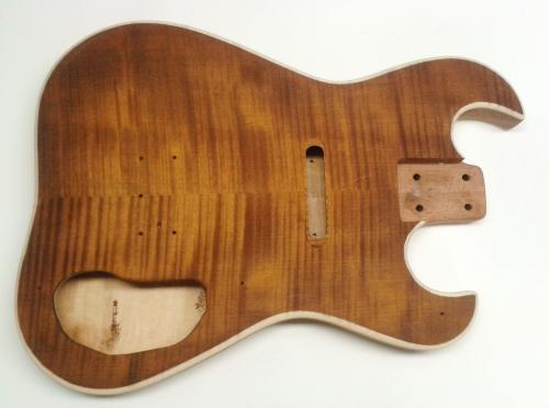 violinbusrt vintage amber