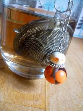 Boule à thé avec perles de verre