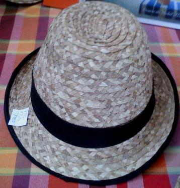 Chapeau de ville orné de ruban noir de bord en noir de 5cm en fibres de Bakoua N°4