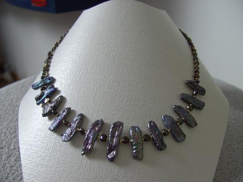 BIJOUX BIO N° 1   Collier Perles de Culture barroques  Zoom : 1 Clic sur le Bijou      Bracelet 30.00 & Boucles d'oreilles assorties 10.00