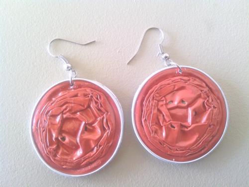 Boucles d'oreilles rouges, capsules doubles résinées