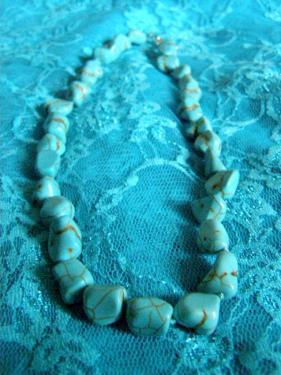 TURQUOISE: collier très original pour les belles dames  TURQUOISE: collier très original pour les belles dames