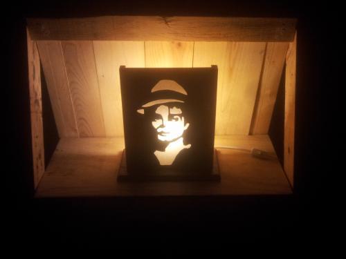 Mr JACKSON en lampe.