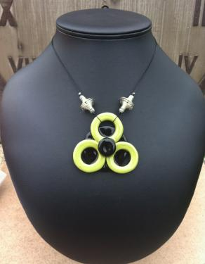Collier en céramique Trèfle Green Fil nylon cablé Fermoir en T