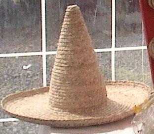 Chapeau Pécheur (pointu) bord 15cm et bord rond en fibres de bakoua N°9
