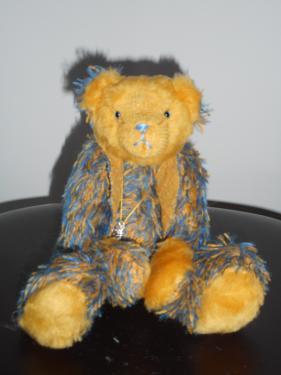 23cm mohair bleu et jaune+ peluche jaune kapok yeux en verre bleu + nez brodé bras et jambes articulables Septembre 2016