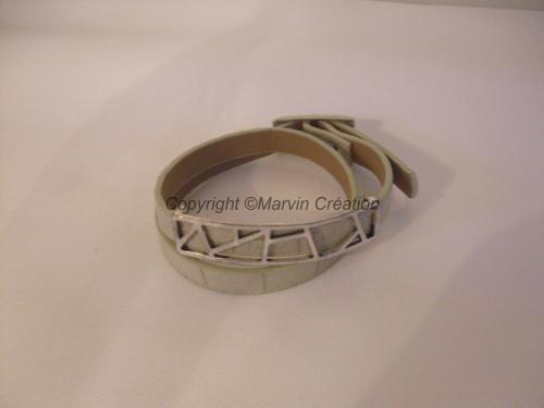 Bracelet (réglable) cuir plat gris, perle argenté Réf: BR02163
