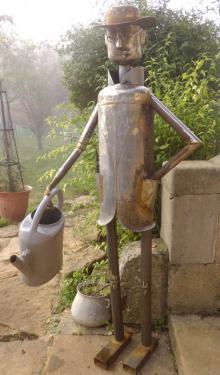 Sculpture en bouteille de gaz