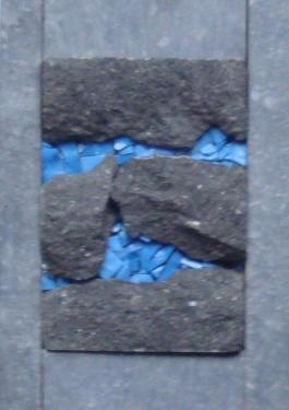 Gisement 4 Mosaïque de pierre bleue et pâte de verre dans cadre  alu de 18x13 cm