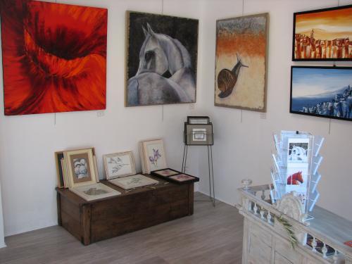 Exposition permanente de Laurent VAUXION et Carole SEBTON.