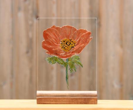 Gravure sur verre d'un coquelicot puis peint version vitrail