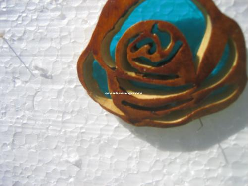 Rose en pendentif