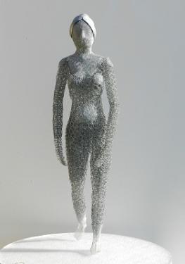 Résurrection  La matière :  - métal - altuglass  La hauteur : 83 cm
