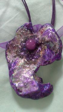Forme de fleur couleurs parme & violet   Référence O4