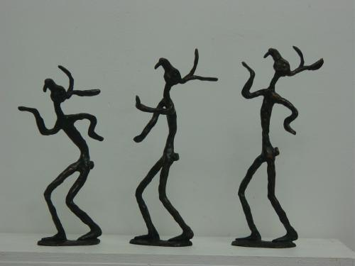 sculpture lapins danseurs en bronze prix pour une pièce