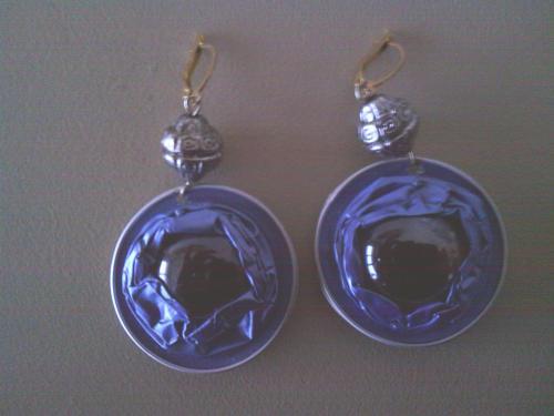 Boucles d'oreilles bleues, capsules et cabochon verre