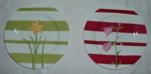 assiettes fleurs et rayures