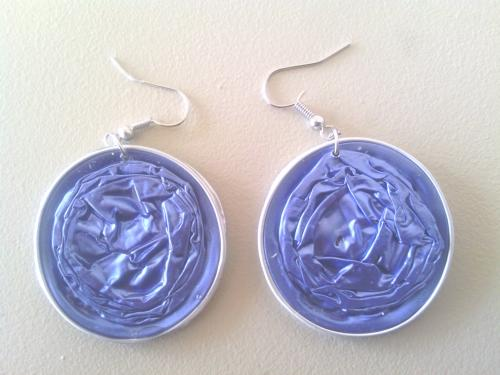 Boucles d'oreilles bleues, capsules doubles r�sin�es