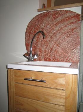 un seul carreaux pour un lave-main