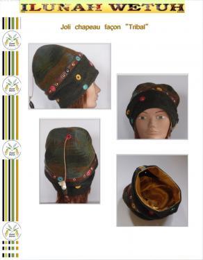 Voici une coiffe, un chapeau en laine feutr� . Une bande de simili cuir orn�e de confettis de cuir et d'oeillets s�pare les deux teintes de tissus . Quelques confettis de cuir pos�s ici et l� . Une tr�s jolie doublure dor�e. Mode�le unique fait main. Tour de t�te : 55 cm H : 24 cm