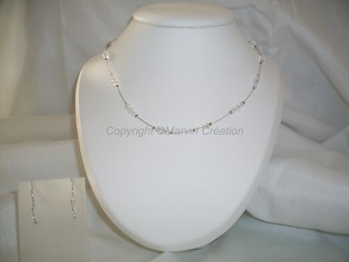 Parure avec collier ( 45 cm) fil cablé, toupies de