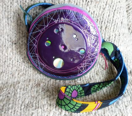 petit sac miroir en cuir vernis,nubuck et doublé tissu coloré,pièce unique