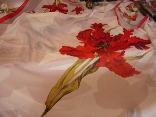Reproduction sur cr�pe de soie de la tulipe perroquet  150X150 cm �dition limit�e � 3 ex Sold�