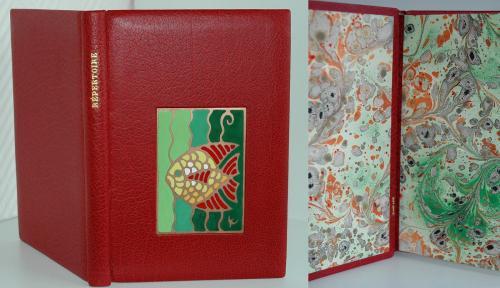 REPERTOIRE Reliure 22x15cm, vachette rouge Email champlevé : poisson