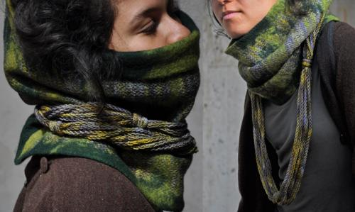 Col vert chin� tricot� et feutr� (pure laine)