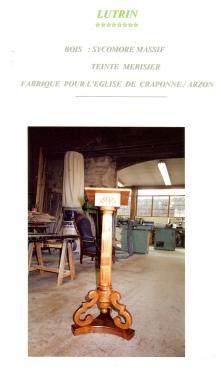 LUTRIN : sycomore massif , colle tournée  cannelée , teinté merisier  (EGLISE DE CRAPONNE /ARZON  Hte Loire )