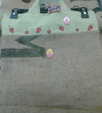 Sac à provisions enfant en toile de jute et lin et boutons d'ornement (pour jouer à la marchande)