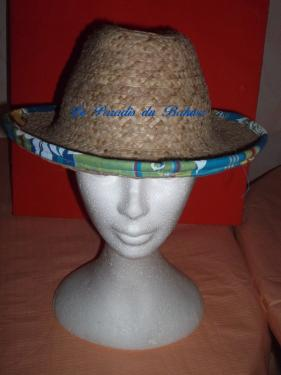 Chapeau de ville bord 8cm orné de madras N°10