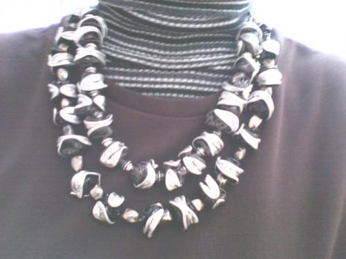 Double collier perles nespresso noires et argent