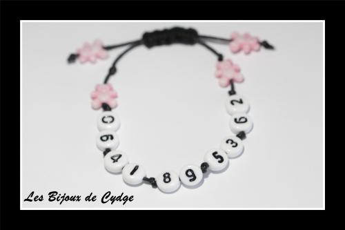 Bracelet de s�curit� / t�l�phone : il permet de vous contacter en cas de perte de votre enfant au centre commercial, plage, disney...  6.5 euros