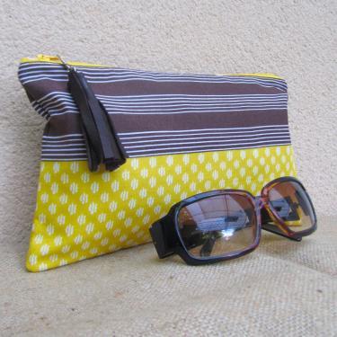 Pochette en tissu coton marron/jaune pompon cuir