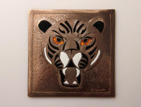 Tigre en émail champlevé