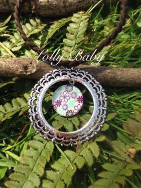 Magnifique collier possibilit� de monter le pendentif en chaine ou en cordon selon vos envie. Envoie soign� et rapide le tout bien prot�ger
