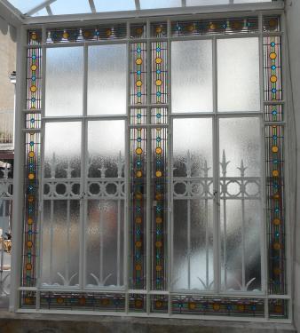 véranda après restauration des vitraux