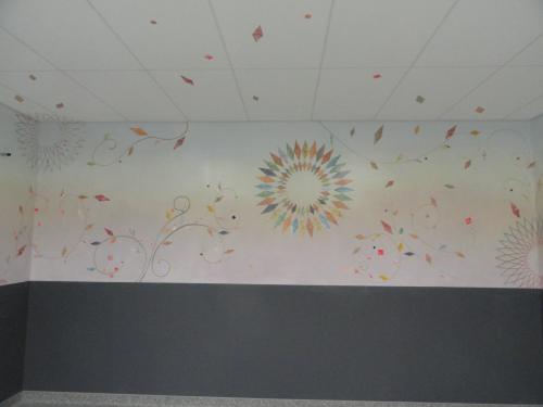 création de décors peints pour salle d'attente UMJ de Jossigny réalisations par les étudiants (Art et Métier)