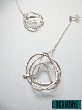 The Nest : Boucles d'oreilles pendantes en argent