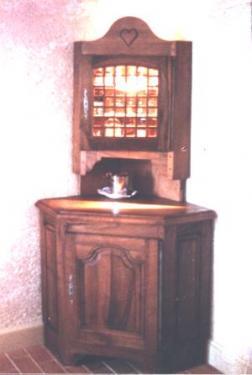 Une partie du mobilier de l'HOTEL BYBLOS à ST TROPPEZ (SYLVAIN FLOIRAT)