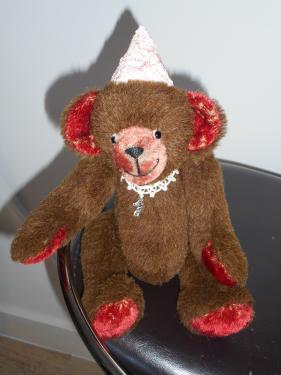 Corentin                                         30 cm Alpaga marron  + mohair antique roux ouate de rembourrage yeux en verre noir nez brodé articulations rondes