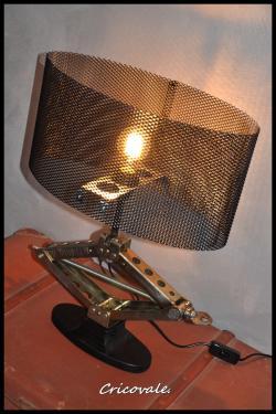 Lampe cric, Cricovale. Réserver