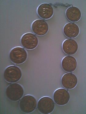Collier long capsules marrons doubles
