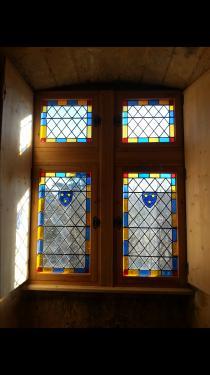 Après restauration du meneaux pour un donjon du 15ème en Ardèche