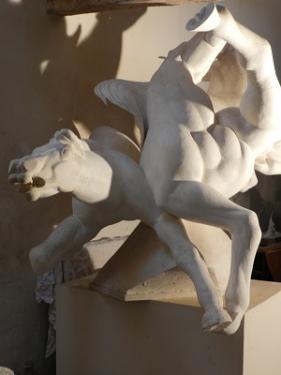 LES INSURGES.(3 chevaux)  Plâtre direct.Création Ancienne  Hauteur 1 m 10 largeur 1 m 50 d'envergure. Prix à étudier (pour fonderie)
