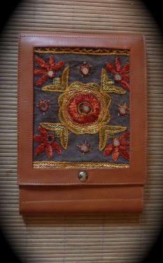 couverture pour carnet de dessin,veau naturel et tissu indien,renforcé.